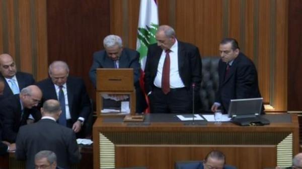 لبنان: البرلمان يفشل في انتخاب رئيس جديد