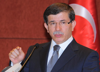 أردوغان يعين داود أوغلو رئيساً للحزب وللوزراء