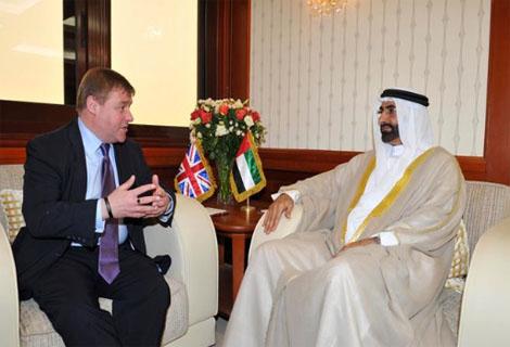 وكيل وزارة الدفاع يستقبل وزير الدولة للقوات المسلحة البريطانية