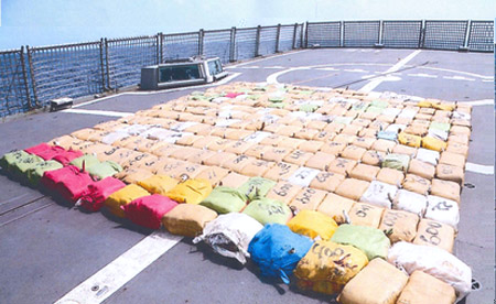 شرطة دبي تساهم في إحباط أكبر عملية تهريب لمخدر الحشيش في العالم