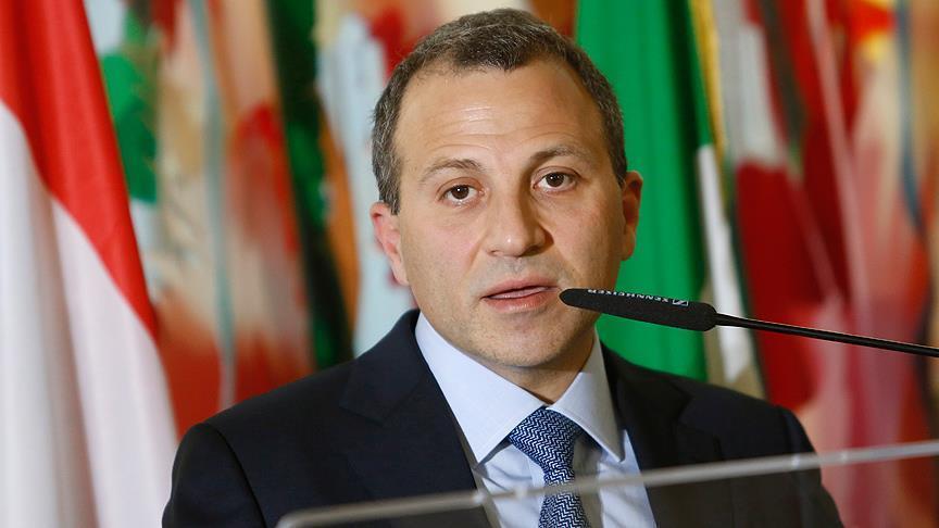 وزير خارجية لبنان يدعو إلى فرض عقوبات اقتصادية على أمريكا