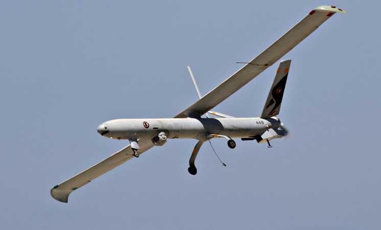 الجيش الإسرائيلي يزعم إسقاط طائرة دون طيار في قطاع غزة