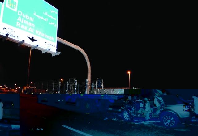 وفاة 4 أشخاص بينهم مواطنان بتصادم على شارع المطار في الشارقة