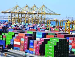 أكثر من 5 مليارات تجارة الإمارات غير النفطية في 6 أشهر