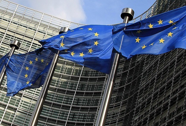 قلق أوروبي من قرار تل أبيب تعليق مفاوضات السلام