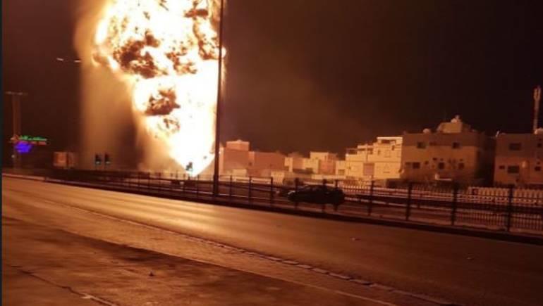 انفجار في الحقل الرئيس الذي يمد البحرين بالنفط