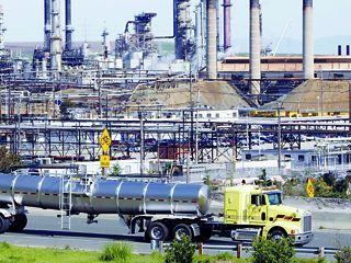 الصين تحصل على حق تطوير حقول النفط في أبوظبي