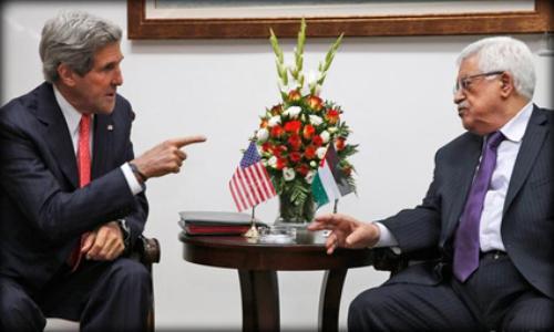 كيري يبحث مع عباس هاتفيًا آفاق عملية السلام