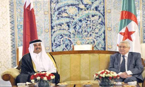 قطر والجزائر تبحثان علاقات التعاون بين البلدين