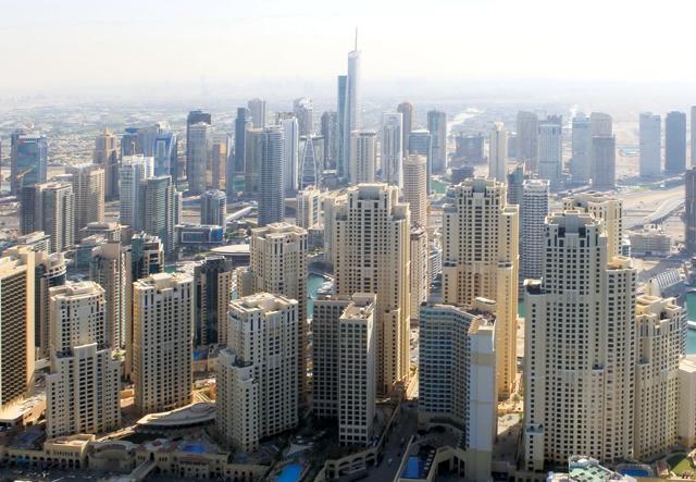 أسعار المساكن تنخفض بنسبة 10 % في دبي