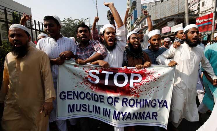 ماليزيا تتهم بورما بشن تطهير عرقي ضد أقلية الروهينغا المسلمة