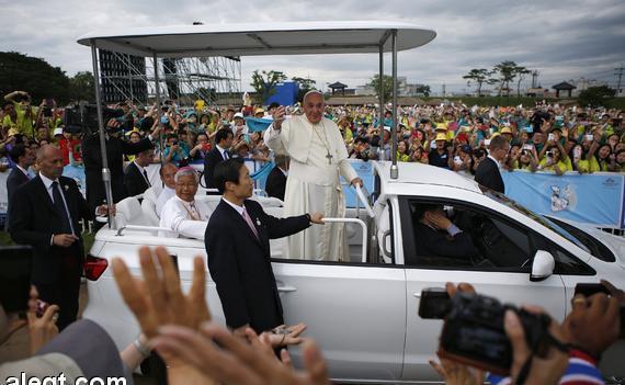 البابا يحث أبناء الكوريتين على الاعتراف بأنهما شعب واحد
