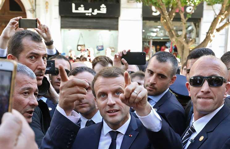 ماكرون يعلن استعداده تسليم جماجم مقاومين جزائريين
