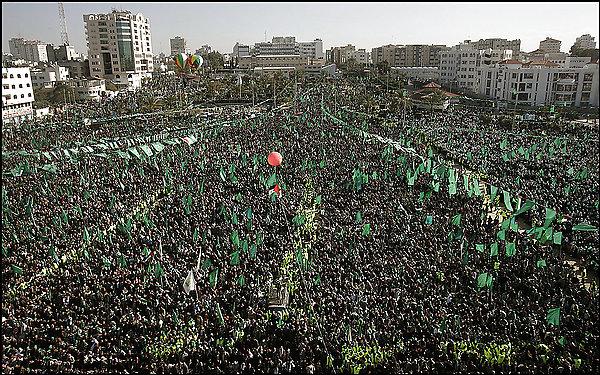 رئيس الموساد السابق: حماس واقفة وهي المحاور الحقيقي لنا في القاهرة