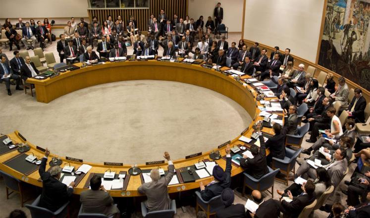 مجلس الأمن يدعو الإسرائيليين والفلسطينيين إلى استئناف المفاوضات