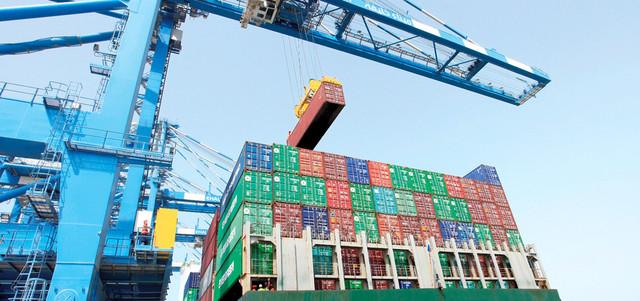 146.7 ملياراً تجارة أبوظبي غير النفطية في 11 شهراً