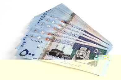 سعوديون يمتنعون عن العمل براتب 15 ألف