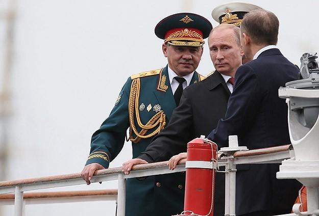 بوتين يزور جزيرة القرم لأول مرة