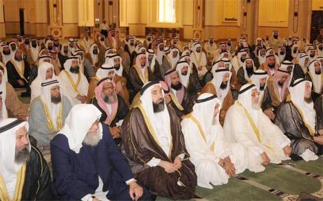 الشؤون الاسلامية: 4 % نسبة الإئمة المواطنين في الشارقة