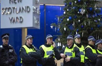 بريطانيا تحقق في أمر المجالس الشرعية وتشن حملة على الأئمة المتطرفين