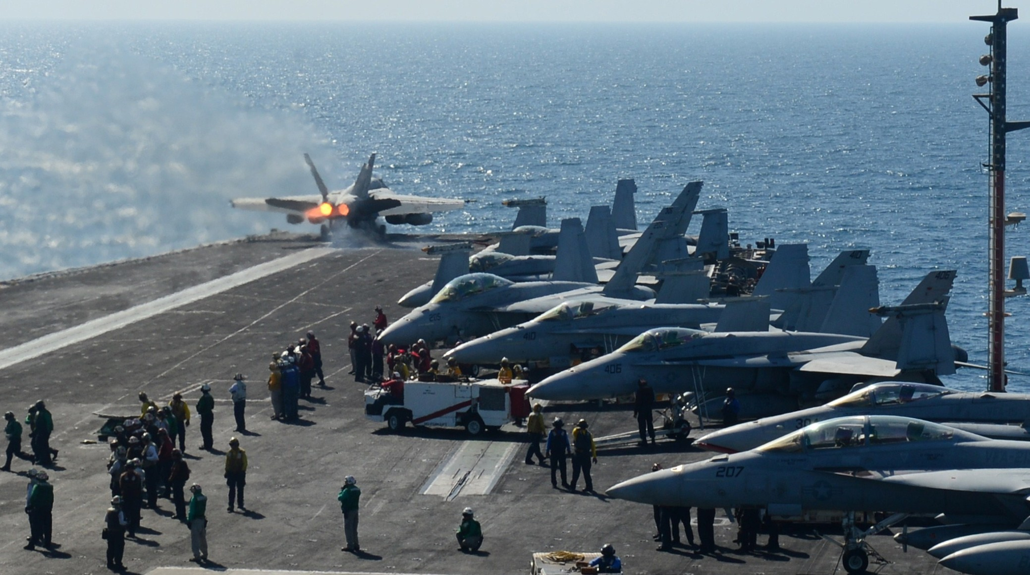 محلل أمني: أمريكا مضطرة لتوسيع قتال داعش خوفا من انتقاله للخليج