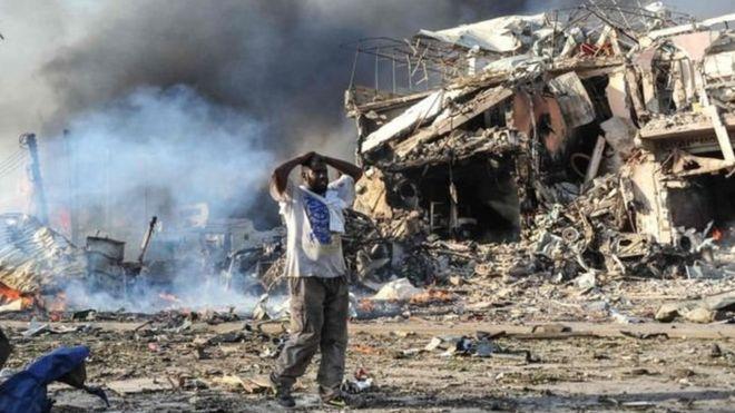 الإمارات تندد بتفجيرات مقديشو وتدعو لمواجهة خطر الإرهاب