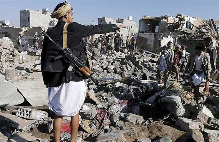 المتصارعون يهربون من الحرب.. واليمنيون يدفعون ثمن هزيمة جميع الأطراف