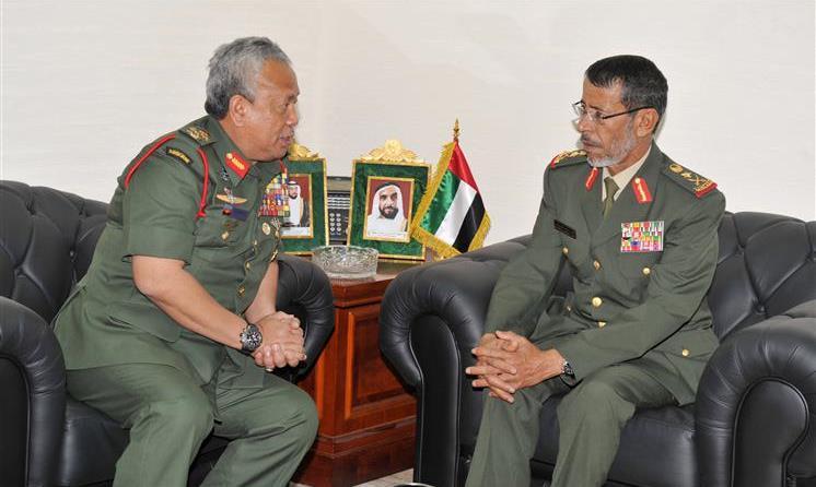 مباحثات عسكرية بين الإمارات وماليزيا