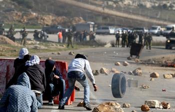 شهيدان فلسطينيان في مواجهات مع الاحتلال قرب رام الله