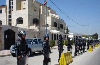 الأردن يسمح للسوريين بالمشاركة في الانتخابات الرئاسية لبلادهم