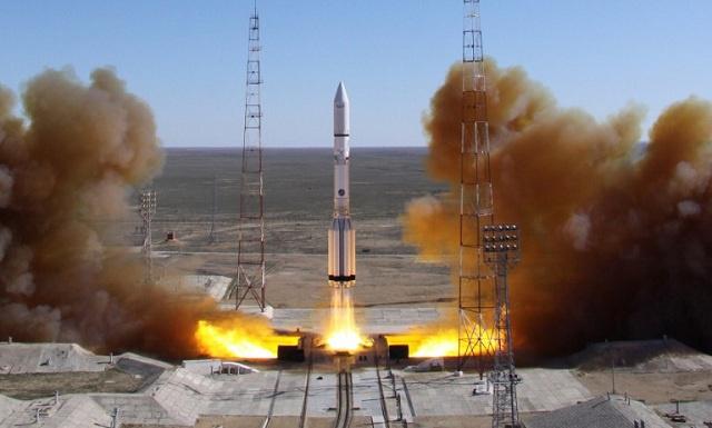 تحطم صاروخ روسي يحمل قمرا صناعيا بعد 9 دقائق من انطلاقه