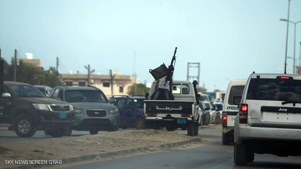 اشتباكات بين القوات الليبية ومسلحين في بنغازي