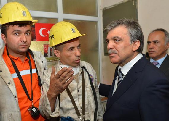 ارتفاع ضحايا حادثة منجم سوما التركي إلى 301