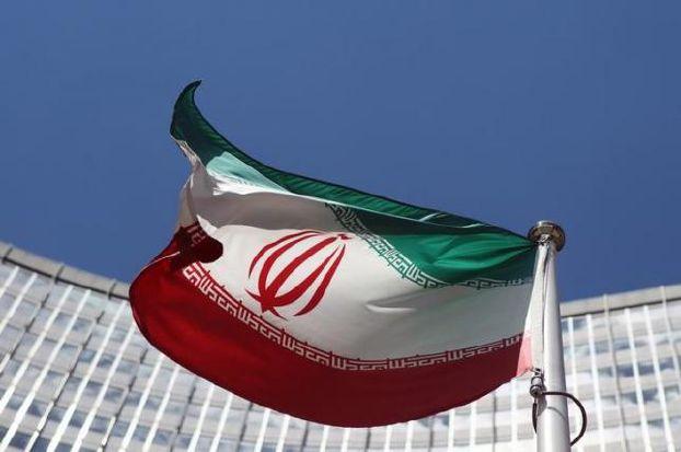 إيران تنشر 44 ألف وثيقة تاريخية سرية