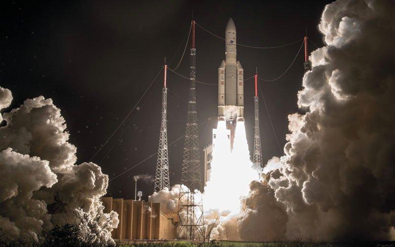 نجاح إطلاق القمر الاصطناعي «الياه 3»