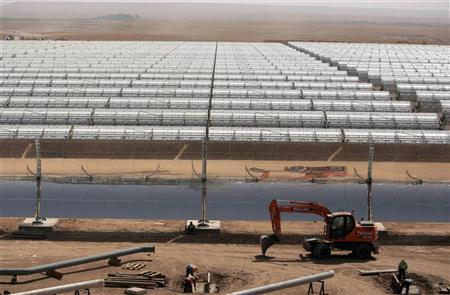 افتتاح أول مشروع إماراتي لدعم الطاقة الشمسية بمصر
