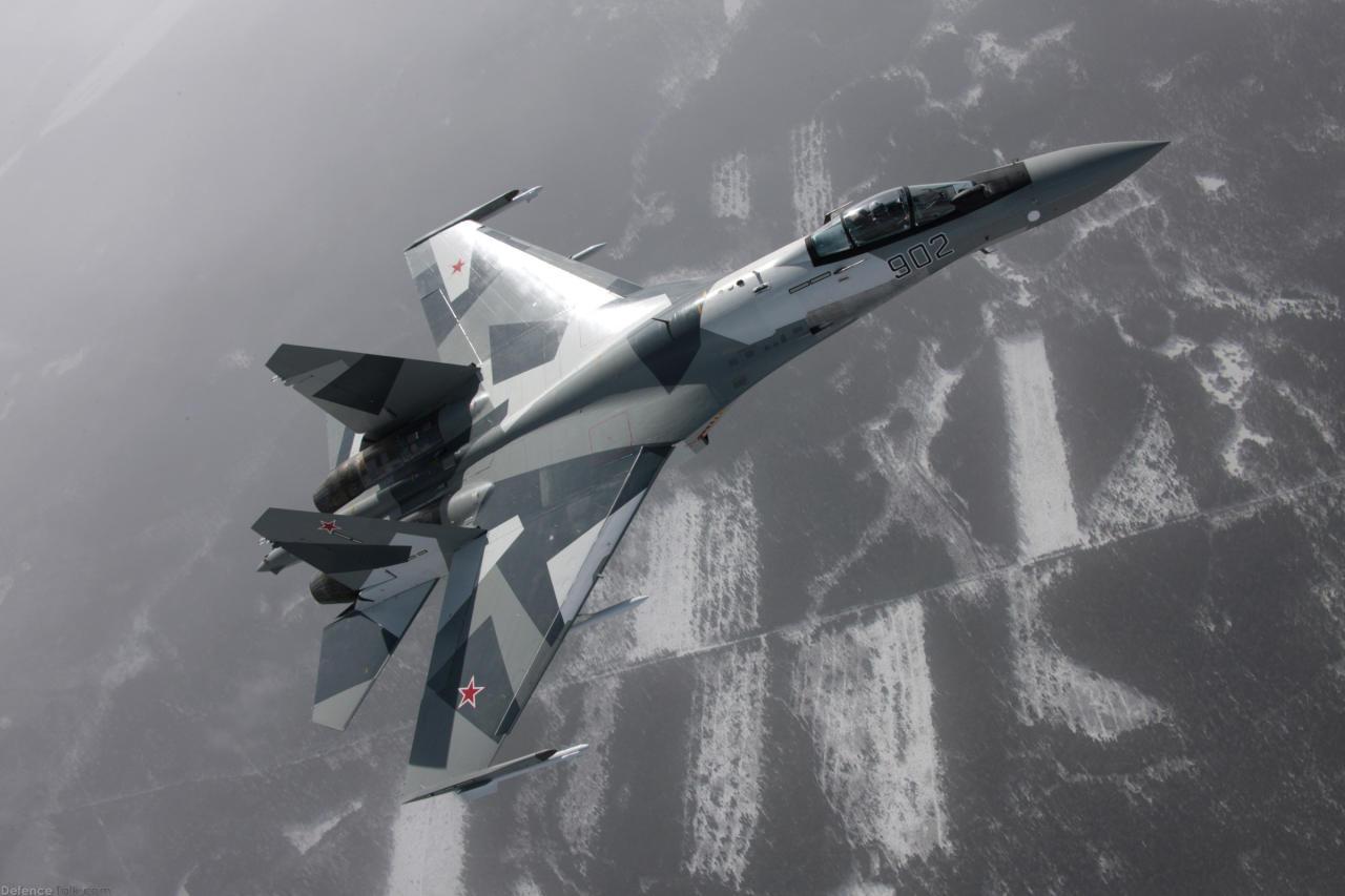 مقاتلة روسية وأخرى إيرانية يعترضان مهمات أمريكية في الأسود والخليج
