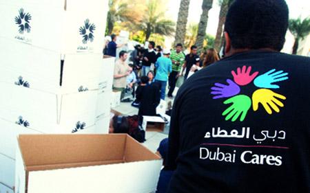 100 متطوع لإعادة تأهيل البيئة التعليمية في مدرسة برأس الخيمة