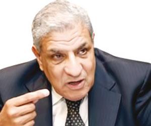 محلب: رسالة الإمارات لمصر أنها معنا إلى أبعد الحدود