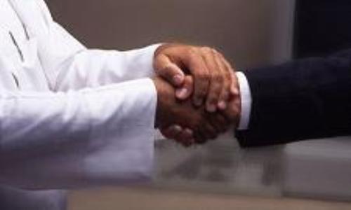 إيرلندا تسعى لتوسيع التعاون التجاري مع الإمارات
