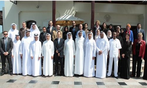 غرفة دبي: تختتم برنامج المهارات القيادية لموظفيها