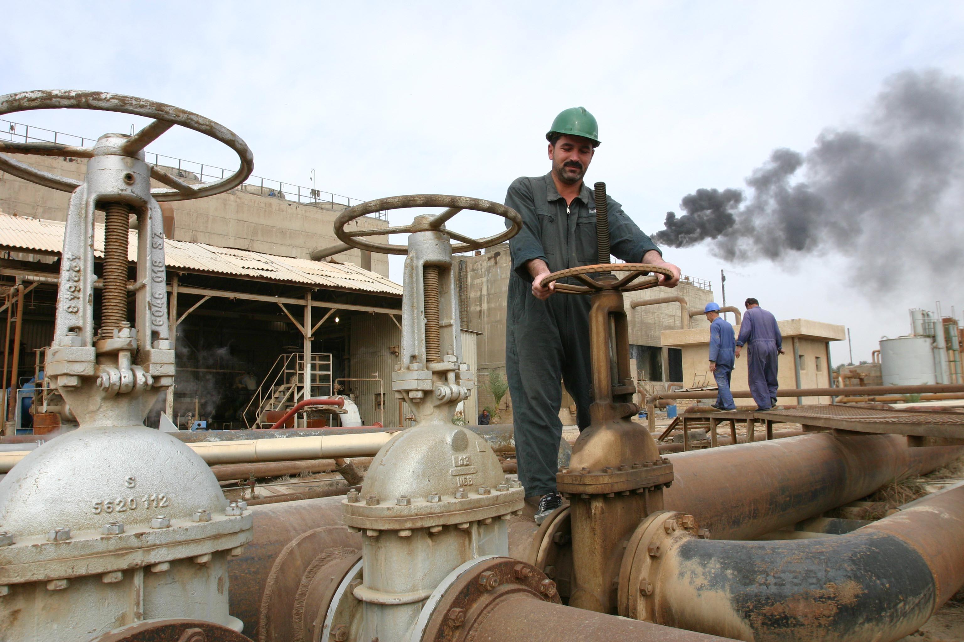 تقرير: الإنفاق الحكومي الخليجي يستمر في دعم النمو رغم تراجع النفط