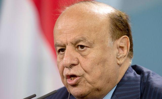 قيادات أحزاب يمنية تتوجه إلى عدن للاجتماع مع هادي