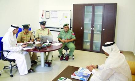 شرطة دبي تواصل مقابلات المرشحين لنيل جائزة وزير الداخلية