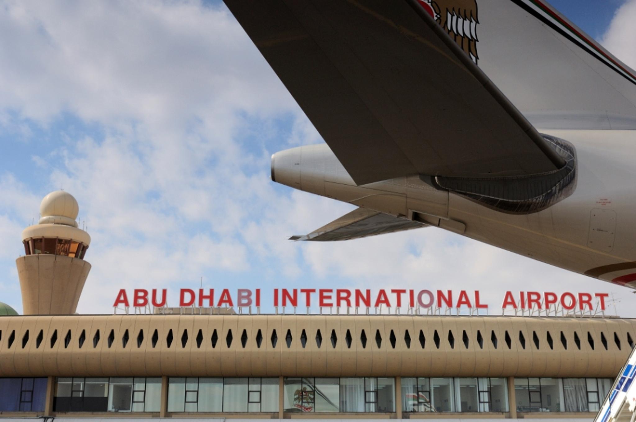 مطار أبوظبي يسجل رقماً قياسياً في أعداد المسافرين في شهر أغسطس الماضي