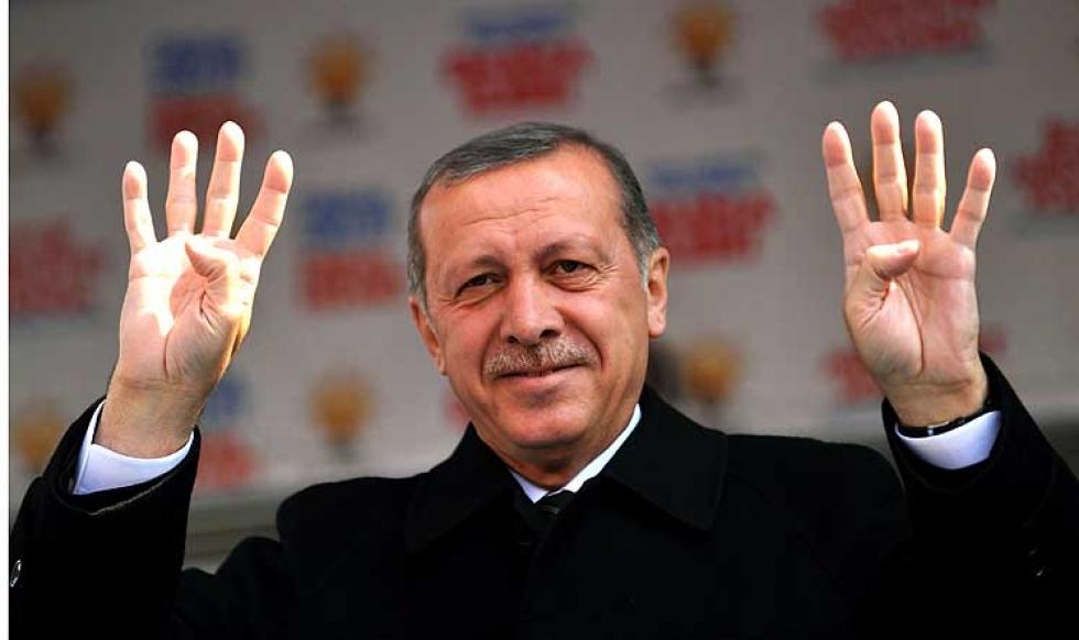 الجيش التركي ينفي عزمه الانقلاب على الرئيس أردوغان