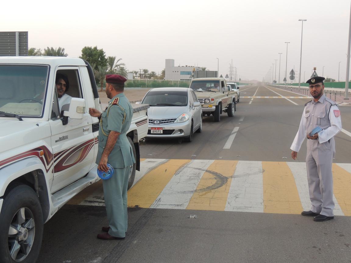 حملة توعية للسائقين بمديرية المرور