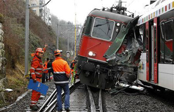 ارتفاع عدد ضحايا حادث مترو أنفاق موسكو إلى 19 قتيلا