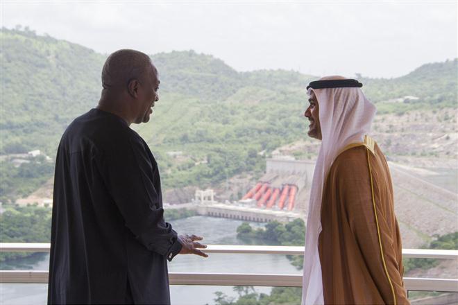 الإمارات وغانا تبحثان فرص الاستثمار