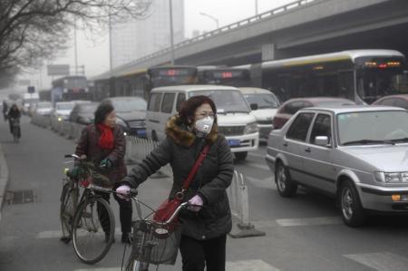 الصين تسحب تصاريح ملايين السيارات من أجل مكافحة التلوث